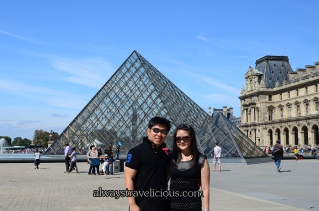 Pyramids @ the Louvre Paris 4