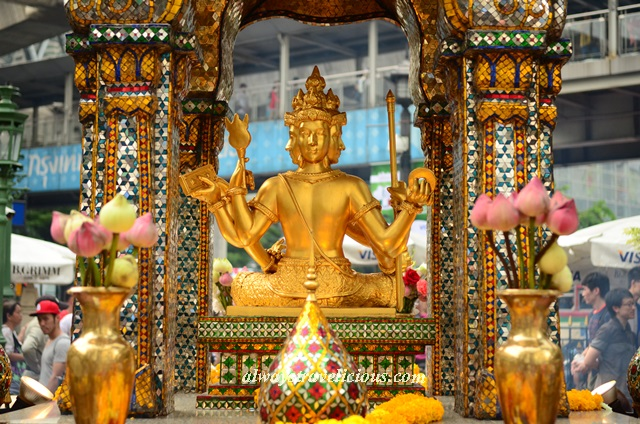 how to go erawan shrine